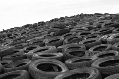 Are cracked tyres dangerous?