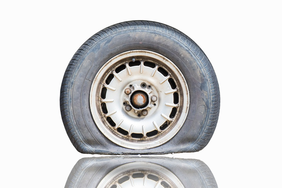 Main causes of flat tyres and how to prevent them