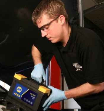 how to fit a car battery