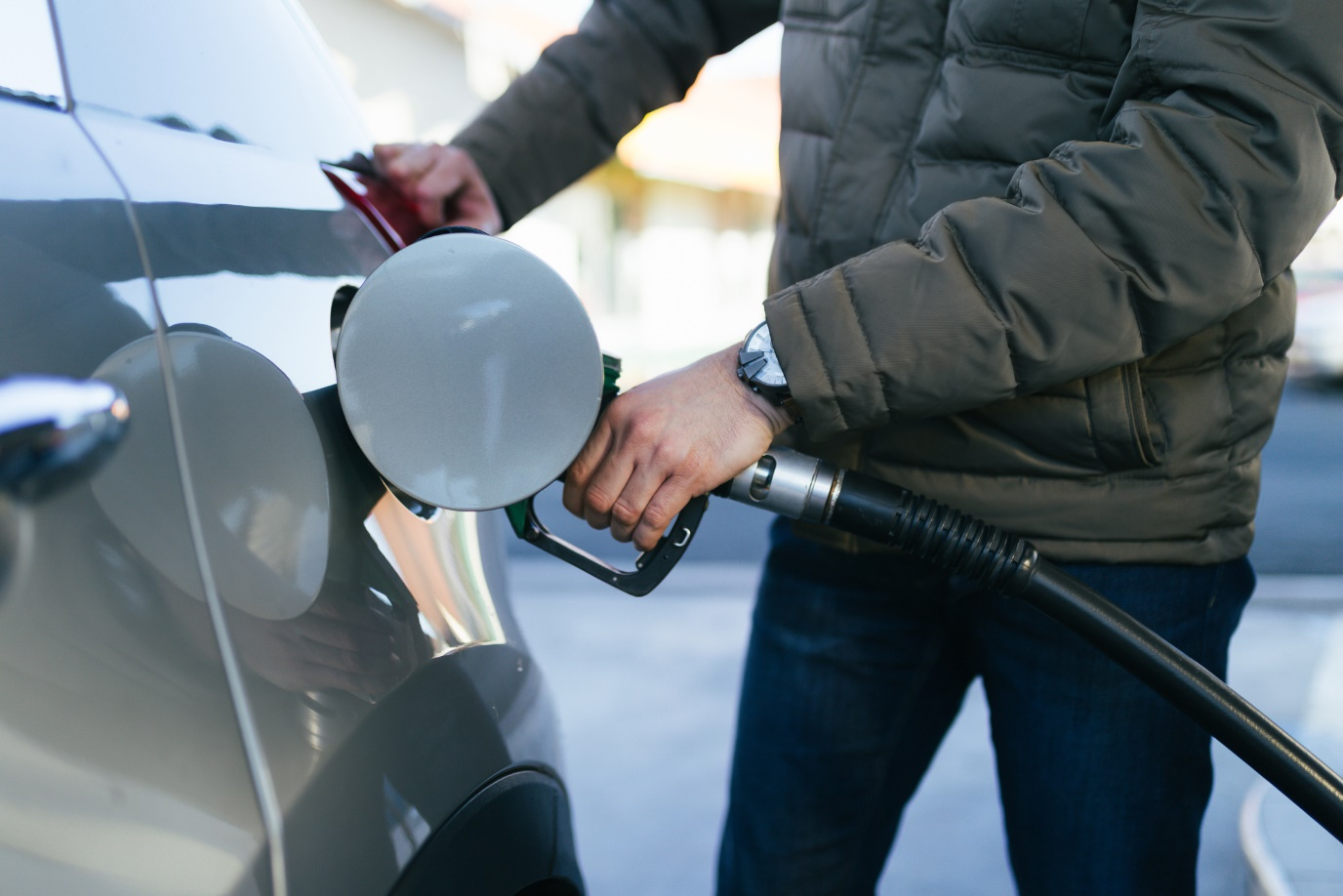 How does tyre pressure affect fuel mileage?